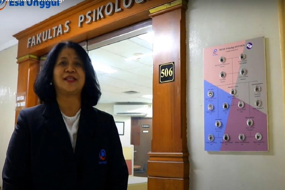 Dekan Fakultas Psikologi Universitas Esa Unggul, Dra. Sulis Mariyanti, M.Si, Psi