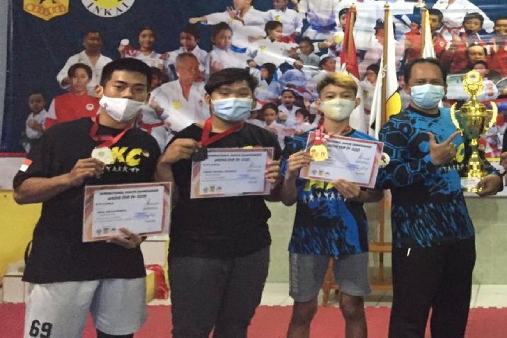 UKM Karate UEU Kembali Raih Gelar di Kejuaraan International Virtual Karate Championship