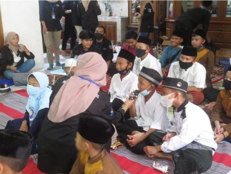 KSM Berkunjung saat mengunjungi Panti Asuhan